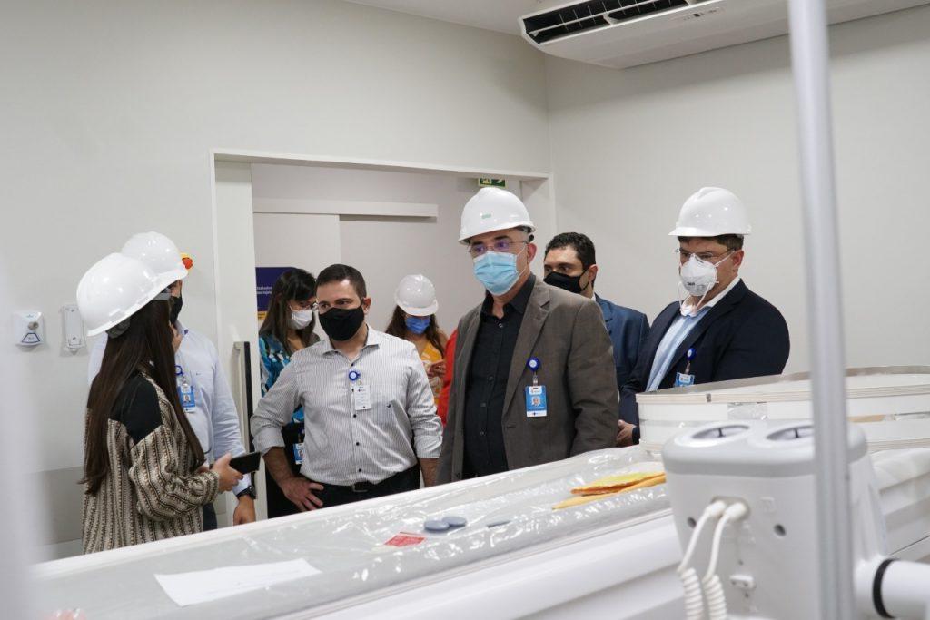Visita à Unidade de Medicina Nuclear, onde foi instalado o aparelho PET-CT