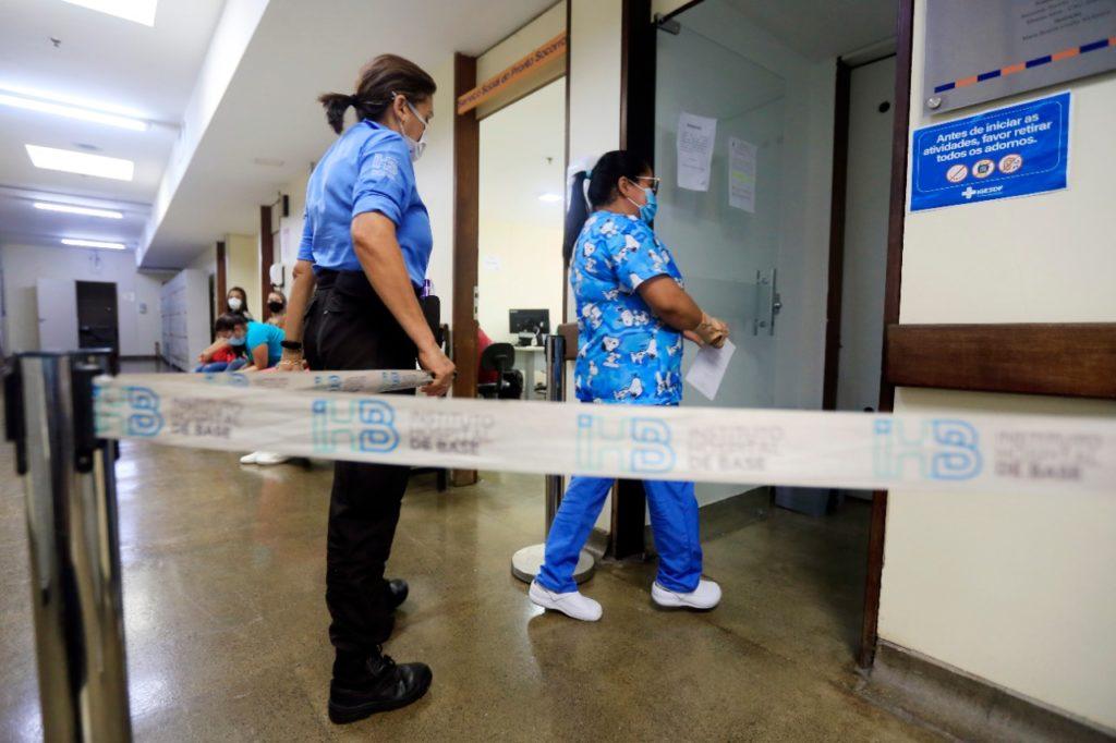 Três salas do Pronto-Socorro foram reservadas para atender aos colaboradores durante campanha de vacinação
